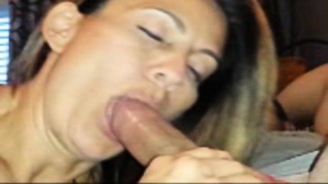 Girlfriend Blowjob Waiting To Taste You