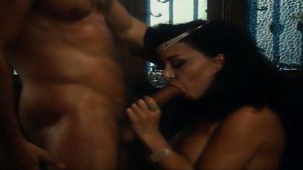 Very Sexy Threesome FFM - scene 6