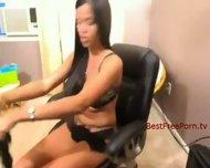 Ebony Solo Babe on Cam - scene 1