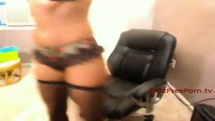 Ebony Solo Babe on Cam - scene 2