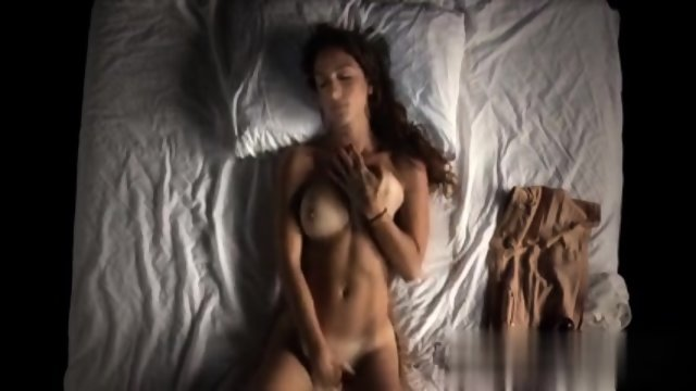 Pretty Girl Masturbating
