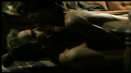 Halle Berry - scene 10