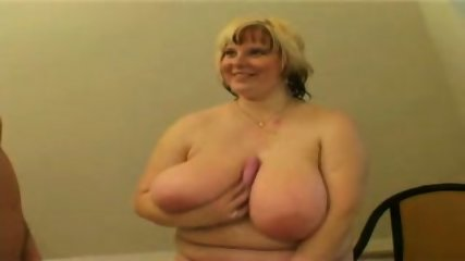 BBW in the bathroom - scene 2