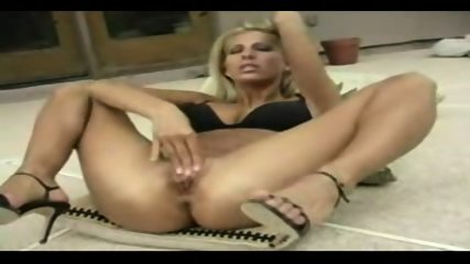 blonde fisting herself very hard - scene 2