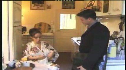 Femme Enceinte Pregnant French Blowjob - scene 1