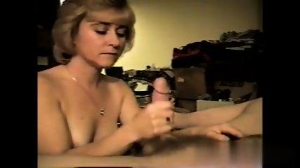 Amateur Milf Loves To Suck - scene 9