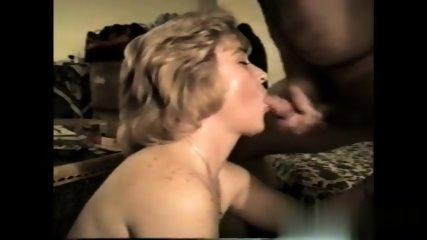 Amateur Milf Loves To Suck - scene 12