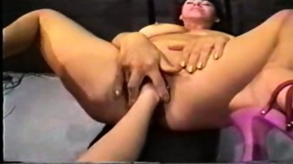 abbraxa fist piss - scene 5
