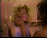 Angelique Richard fucks a Shemale TrisexualEncount - scene 1
