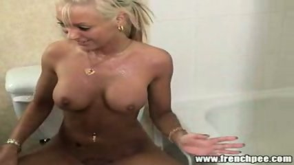 Juicy Pearl FrenchPee - scene 3