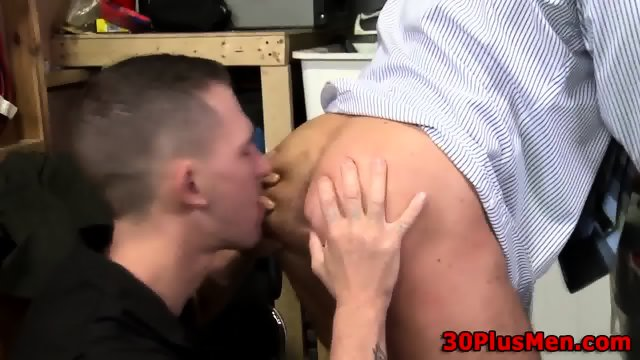 Well Hung Guy Spunked