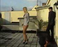 Vivian.Schmitt or Anna.B - scene 2