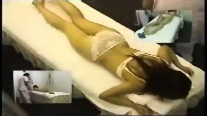 Hidden Cam Asian Massage Masturbate Young Japanese - scene 1