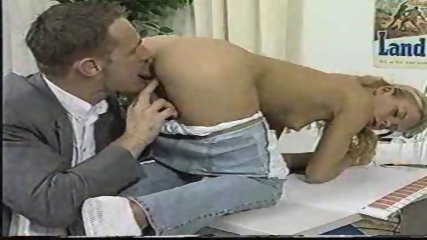 Hot blond likes to be licked - scene 8