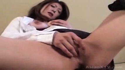 Ayano Murasaki - older woman masturbates - scene 10