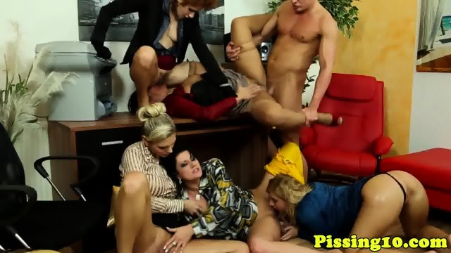 European amateur pussypounded by oldman 5