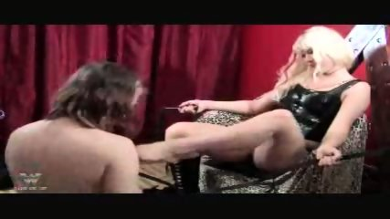Face Sitting Dominatrix - scene 5