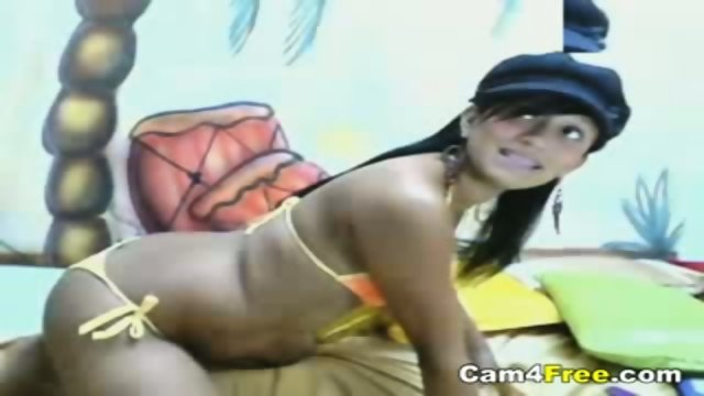 Hot Latin Teen With A Great Body On Webcam