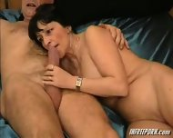 Milf Blowjob Amateur Granny - scene 1