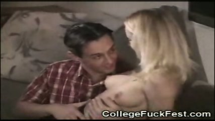 Brunette milf older MOM 29 yo sexympg upskirt fuc - scene 2