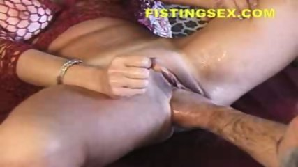 Fistfuck - Female Ejaculation Fisting Wow - scene 9