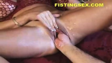 Fistfuck - Female Ejaculation Fisting Wow - scene 6