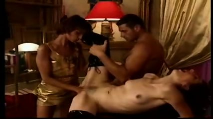 Sexy lady gets fisted and assfucked - scene 5