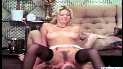 Vintage Pee Color Climax - scene 9