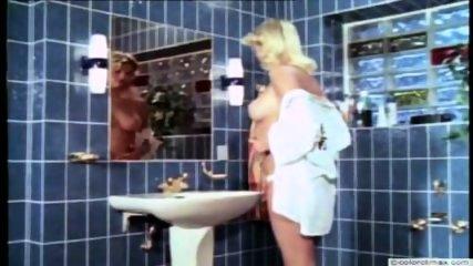 Vintage Pee Color Climax - scene 1