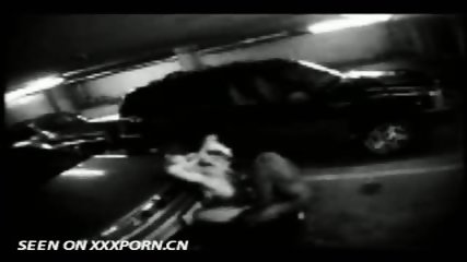 Couple caught on Parkinglot Cam - scene 3