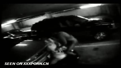 Couple caught on Parkinglot Cam - scene 4