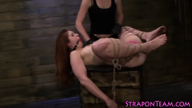 Shibari lez slave strapon