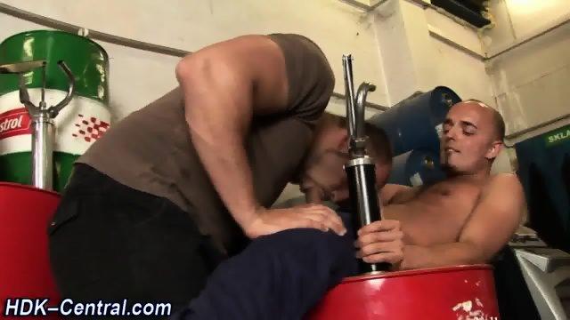 Buff stud mounts hard rod