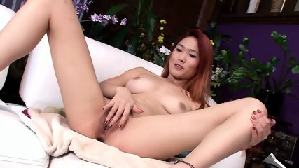 Asian Lady Satisfies Herself