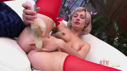 Blonde With Red Stockings Stimulates Vagina - scene 9