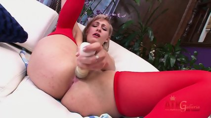 Blonde With Red Stockings Stimulates Vagina - scene 5