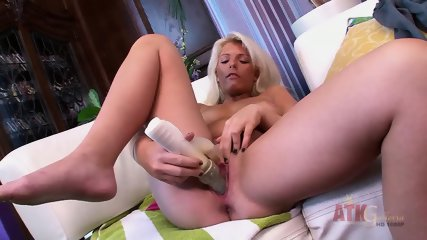 Blonde Girl Is Masturbating