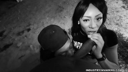 Ebony Sluts Suck Dick Outdoor - scene 3