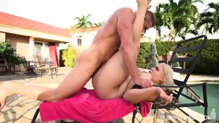 Big Lady Fucked On Sunbed - scene 11