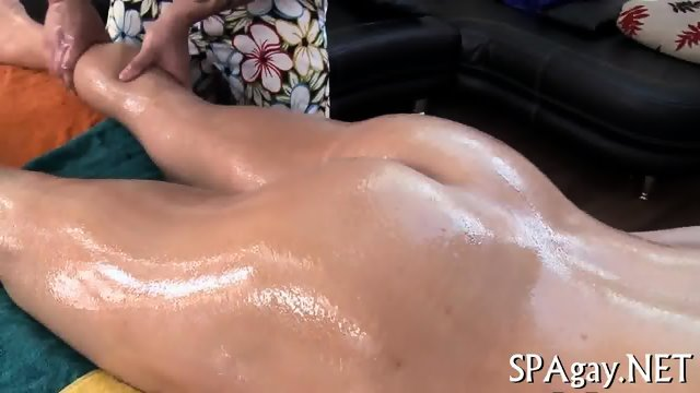 Sexy strokings for hot babe