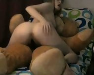 A Very Happy Teddybear - scene 7
