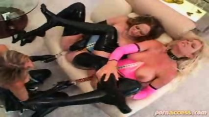 Latex Lesbians - scene 12