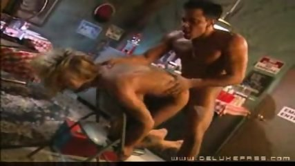Blonde_woman_fucked_hard - scene 5