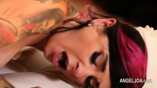 Extreme punk deepfucking with famous fetish pornstar