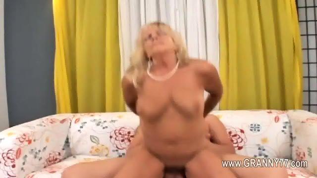 Sexy mature love hard havingsex - scene 8