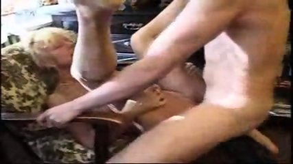 Amatuer - Mature woman shows her expierance - scene 10