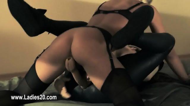 Amazing lezzs fucking with strapon