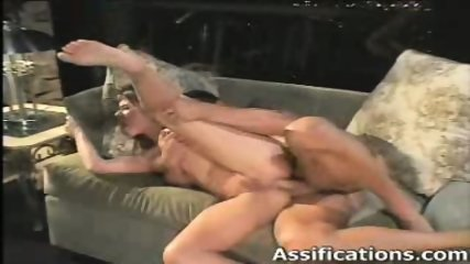 Horny babe screams while getting her ass screwed