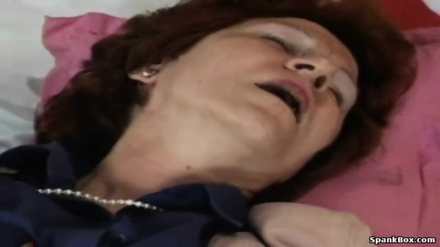 Granny fucks her lesbian friend s pussy with strapon