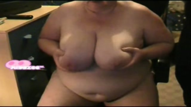 JuggZeeUK-3856-Hubby Showing me the Ropes